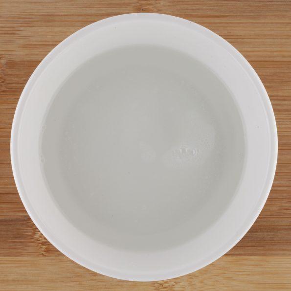 21154-vaisselle-main-concentré